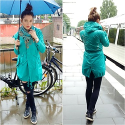 Illona.Verdi - Onegreenelephant Jacket, Zara Jeans, Nubikk Sneakers, Fossil Watches - Rainy weekend