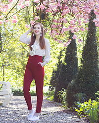 Sonja Vogel - Loavies Red High Waisted Trousers, Zara White Bow Blouse, Keds White Lace Sneakers - Casual Chic