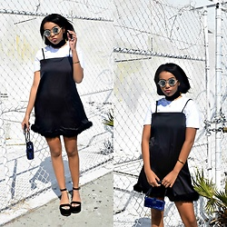 Daphne Blunt - Never Fully Dressed Dress, Nfd Tshirt, Chanel Wallet On Chain, Chanel Flatforms, Chanel Sunglasses - The White Motel