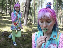 Lindwormmm - Black Milk Clothing Brain Crop Top, Rainbow Eyeball Tank Dress, Neon Tights, Jeremy Scott Bones Sneakers, Tooth Choker, Thrifted Bike Brooch, Thrifted Umbrella Brooch, Spikes Hair Accessories, Candy Eyeball - C'thun the Rainbow Goddess of Chaos