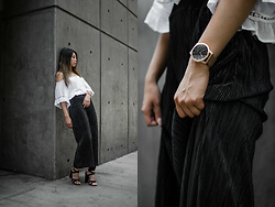 Mariel Cornel - Our Theory Of Gold Mesh Watch, Zara Culottes, Public Desire Lace Up Heels - Waves