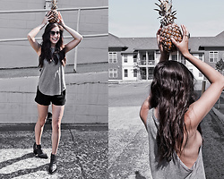 Kristina - Joah Brown Marl Grey Cut Off - Pineapple balancing act