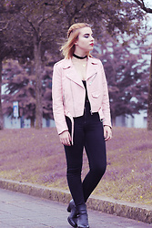 Carina Gonçalves - Zara Leather Jacket, Bershka Pants, Parfois Boots - In the place to lose your fears.