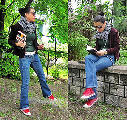 Nikolatina - Express Burgundy Bomber Jacket, H&M Green T Shirt, Levi's® Blue Jeans, Zara Red Sequin Sneakers - Garden afternoon