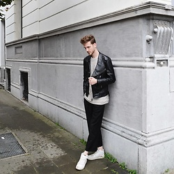 Martin Bonke - Topman Leather Biker Jacket, Zara Wool Tee, Uniqlo Wide Pants, Sacha Shoes High Top Sneakers - Wool Texture. OOTD - FCKHIM.com