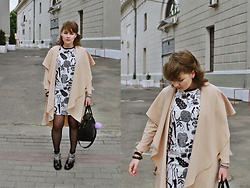 Sasha Raduntseva - Wholesalebuying Coat, Zara Dress, H&M Bag, Zara Boots - Purple Ponpon&Me