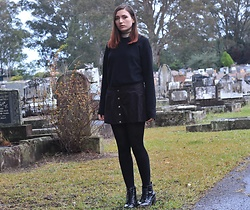 Sarah W. - Dolls Kill Faux Suede Skirt, Brandy Melville Usa Cropped Sweater - GHOST ADVENTURES