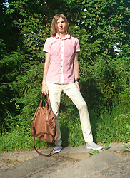 Ziri K - Terranova Tshirt, New Yorker Hand Bag, Timeout Pants, New Yorker Summer Shoes - Pinkish  summer outfit