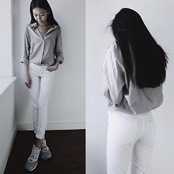 Aliya A - Somemoment Shirt, H&M Jeans, Nike Sneakers - Cotton Shirt