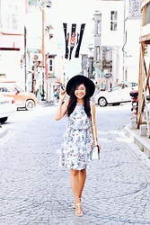 Willow Lynn - H&M Summer Dress, Accessorize Cassidy Satchel, H&M Flats, Mango Woolen Hat - Dressy Summer Day