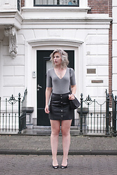 Rowan Reiding - New Look Button Up Front Leather Skirt, H&M V Neck Rib Body - SUMMER IN THE CITY