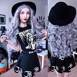 Kimi Peri - Black Hope Curse Visionary Tee, Mogustash Pretty Witch Skirt, H&M Witchy Hat, Choker, The Rogue And Wolf Necklace, The Rogue And Wolf Ring Of Submission - Let Me Hold Your Future