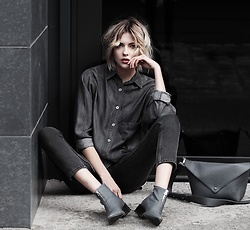 Ebba Zingmark - 5prevew Shirt, Charles&Keith Bag, Charles&Keith Boots, Monki Pants - FINAL SOLUTIONS