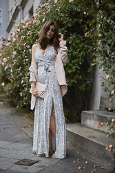 Valerie Husemann -  - Wedding Guest Outfit Idea