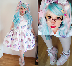 Mrsw0nka - Handmade My Little Pony Jsk, Second Hand Wig, Uniqso Circle Lenses, Melty Chocolate Moon Seashell, Violle Ville Pony Necklace, Ebay Platform Sneakers - Bubblegum Pony