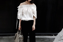 Abbie Cheung -  - Off shoulder