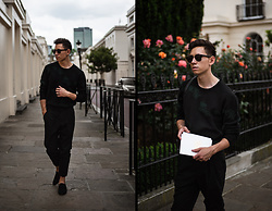 Frank Lin - Tiger Of Sweden Black Knit Pullover With Green Details, Viu Eyewear Black Sunglasses, Avelar Black Suede Loafers - Fashion Week Look | Tiger of Sweden