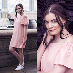 Selina K - Topshop Pink Off The Shoulder Dress, Nike White Air Force 1 Sneakers - YOU BRING MY HEART TO LIFE AGAIN ♥