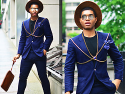 Omiri Thomas - River Island Suede Fedora, H&M Glasses, Hugo Boss Suit, Topman Chain, T.M.Lewin Pocket Square, Zara Cluth - SPIDER