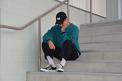 Miguel Valero - Champion Sweater, Dickies Worker Pants, Converse Star And Bars - Contemplation