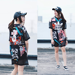 Deasy Tantra - Adidas T Shirt Dress, Givenchy Shoes - Trefoil