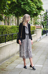 Valerie Brems - Isabel Marant Dress - Date night dressing