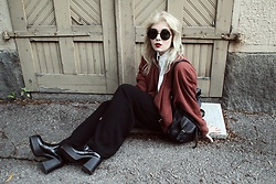 Thelma Malna - Zerouv Sunglasses, 2nd Hand Blouse, 2nd Hand Bomber, 2nd Hand Black Pants, 2nd Hand Chunky Boots - BLACK PANTS
