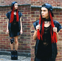 Milex X - Pop Sick Vintage Vest, Rings&Tings Rings, Buffalo Platforms - PARTY READY