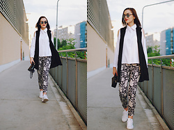 Andreea Birsan - Christian Dior So Real Sunglasses, Jolly Chic Cutout White Button Down Shirt, Jolly Chic Black Waistcoat, H&M Print Trousers, Furla Piper S Bag, Adidas Stan Smith Sneakers - Summer outfit for chilly days