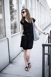 Anna Antje Bernat -  - BLACK DRESS