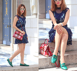 Mayo Wo - Gentle Monster Reflective Sunnies, Self Portrait Daisy Lace Dress, Gucci Horsebit Loafer - Daisy appliqué