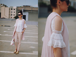 Andreea Birsan - Zaful Sunglasses, Zaful Pink Vest, Zaful Cut Out Lace White Blouse, Stefanel Pink Trousers, Floral Print Bag, Il Passo Gold Metallic Oxford Shoes - The pink trousers of my dreams II