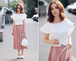 Sonya Karamazova - Asos Skirt - PLEATED SKIRT