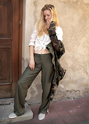 Foxy Green - Ihlow Camo Jacket, Simpleandsweet Flax Shoes - Like in pajama and slippers