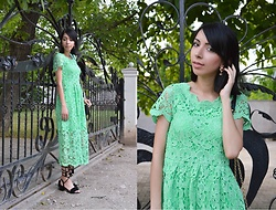 Katy Mage - Zaful Lace Dress, Light In The Box Lace Up Sandals - GREEN LACE