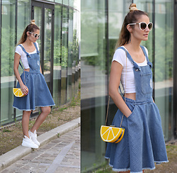 Ruxandra Ioana - Romwe Dress, Sammydress Clutch, Minna Parikka Rabbit Sneakers - Denim combo