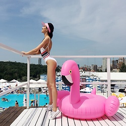 Tina Sizonova - Women Secret Swimsuit, Converse Keds - Flamingo