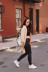Oria Levi - Topshop Denim, Adidas Stan Smith, Topshop Bag, Topshop Jacket, Dior Sunglasses - Another Day Another Outfit