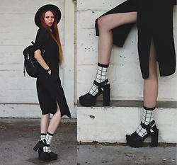 Liza LaBoheme - Black Slit Midi Dress, Retro Grid Ankle Socks, Backpack - Don't know much geometry