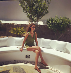 Amina Allam - Byaa V Neck Top - Basics under the sun of Mykonos