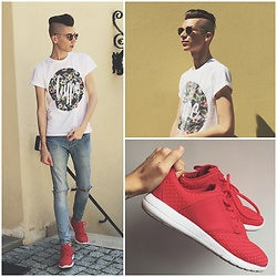 Jacob Żelechowski - Hoodboyz Sneakers Shoes, Giantvintage Sunnies Sunglasses - In My Blood