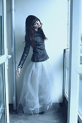 Lady Juliet - Karen Millen Biker Jacket, Nasty Gal Tulle Skirt - Back from the dead