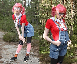Lindwormmm - Röllin Sydän Movie Badge, Les Queues De Sardines Hairy Legs Tights, Thrifted Denim Overalls, Gift Learning Finnish T Shirt, Ivana Helsinki Sailor Collar, Make Me Loco Squid Earring - Your Neighbour's Creepy Kid