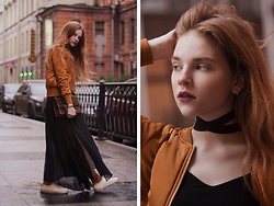 Karina Tes - Choker, Mango Bag, Blazers - Current mood — honey.