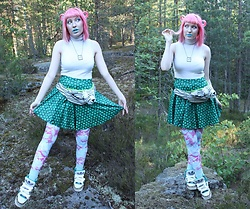 Lindwormmm - White Tiger Bumbag, White Sleeveless Turtleneck, Spikes Hair Accessories, Moomin Stamp Necklace, Black Milk Clothing Green Dragon Scale Skirt, Black Milk Clothing Fish Leggings, Jeremy Scott Adidas Sneakers - Little Troll and the Werebear