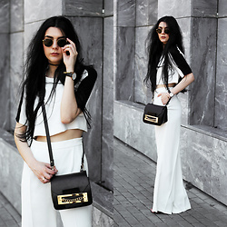 CLAUDIA Holynights - Zara Crop Tee, Zara Loose Pants, Ray Ban Sunglasses, Daniel Wellington Whatch - White, black and gold accents