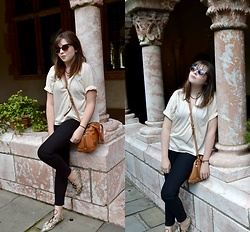 Dylan Leah - & Other Stories Oversized Top, The Kooples Black Jeans, Topshop Flats - Cloisters Look