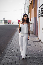 Elsa Gervasi - Sammydress Top, Suiteblanco Clutch, Sammydress Palazzo, H&M Heels - Two-Pieces