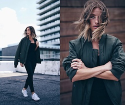 Jillian Lansky - Express Olive Green Bomber Jacket, Express Distressed Black Jeans, Adidas All White Stan Smith Sneakers - Urban