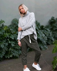 Emily Philip - Lulu & Rose Drop Crutch Trouser, Topshop Roll Neck Knit, Adidas Superstars All White - Www.emilykatephilip.com